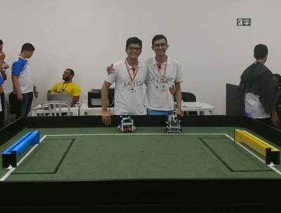 Equipe do IFRN é vice-campeã do RoboCup Junior Soccer